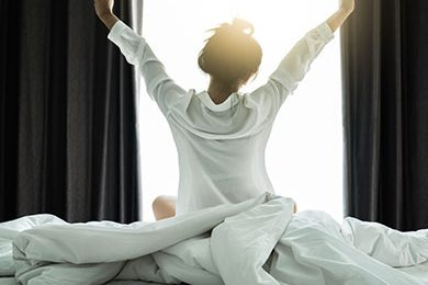 ALC-Graphic-woman-wake-up-energized